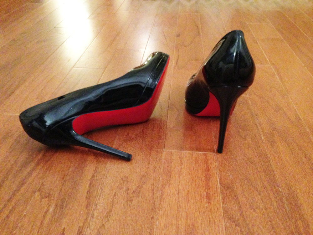 Christian Louboutin New Simple Black Patent Pumps